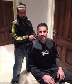 Kaos United Years manchester united striker robin persie shows new