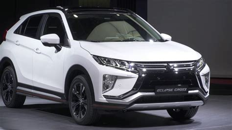 mitsubishi crossover white mitsubishi eclipse cross 2018 youtube