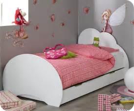 lit avec sommier et matelas lit enfant nuage blanc 90x190 cm avec sommier et matelas