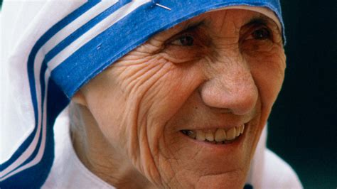 short biography mother teresa biography of mother teresa life and achievements of mother