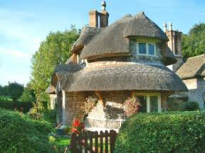 cottage in tale cottages