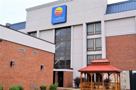 comfort inn evansville indiana comfort inn suites evansville updated 2017 hotel