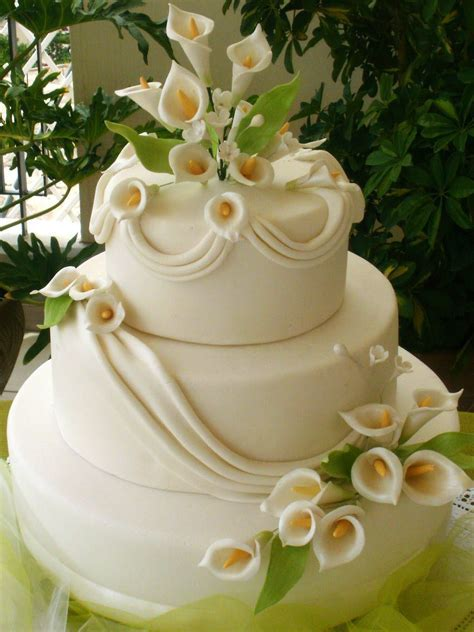 Calla Lily Cake Weddings Get Married Cakes   Fondant