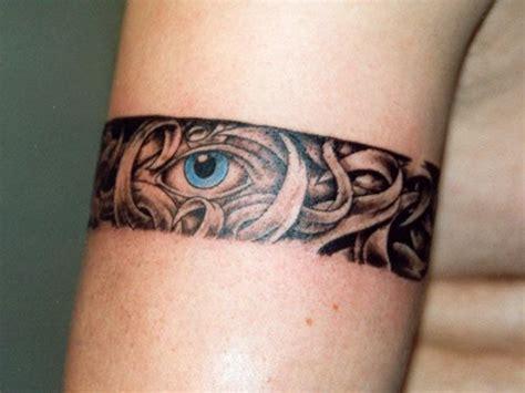 Motifs et tatouages d'un ?il ou les deux yeux