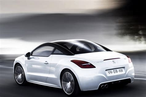 peugeot coupe rcz facelifted 2013 peugeot rcz coup 233 headed for paris motor