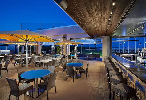 top golf bar topgolf hillsboro the ultimate in golf games food and fun