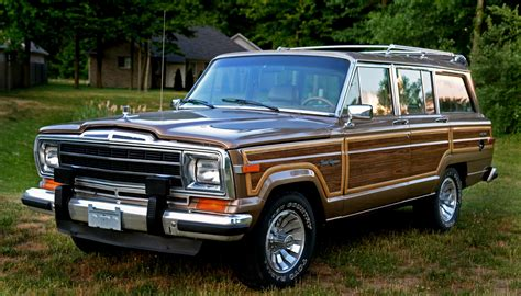gold jeep gold grand wagoneer wagoneer pinterest jeeps jeep