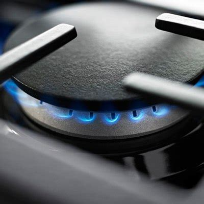 JennAir Pro vs GE Cafe Gas Ranges (Reviews/Ratings/Prices)