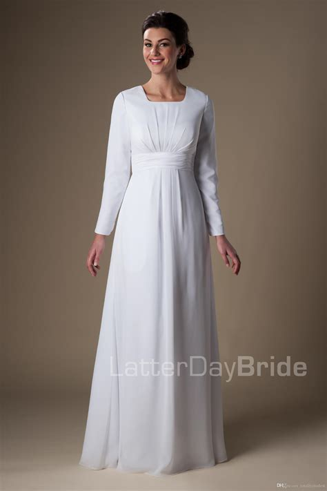 Promo Basic White discount winter wedding dresses simple white gowns vintage