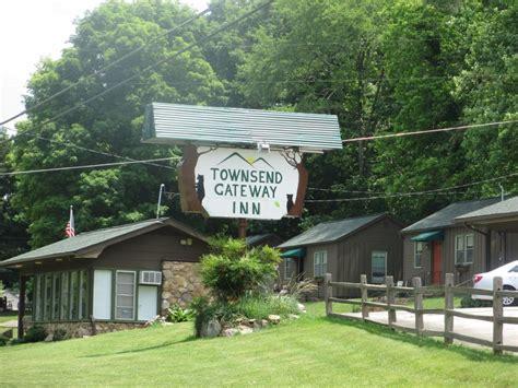 gateway cabins