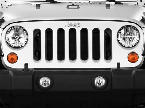 jeep grill image 2011 jeep wrangler 4wd 2 door sport grille size