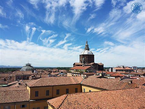 uni pavia lettere 233 e de fondation milan italie 2019