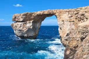 malta s famous azure window rock arch collapses