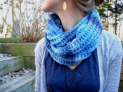 knitting pattern for infinity scarf on straight needles 17 free and easy knitting patterns for beginners