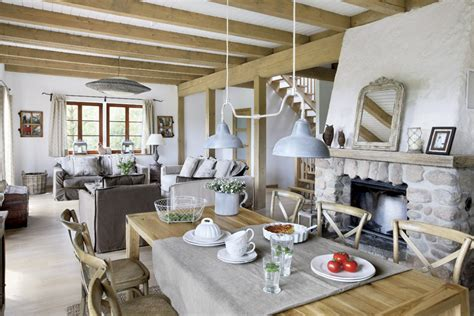 Coastal Living Dining Room by Bydlen 237 Ve Stylu Provence Homeincube