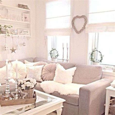 arredare chic idee per arredare un soggiorno in stile shabby chic foto