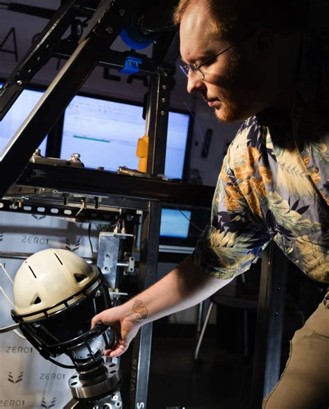 how seattle startup vicis created the zero1 the helmet seattle football helmet startup vicis raises 4 million to