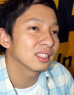 short biography of chrisye hujan musik indonesia august 2008