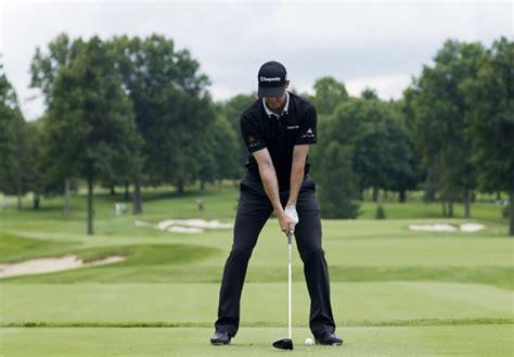 narrow stance golf swing swing sequence jimmy walker photos golf digest