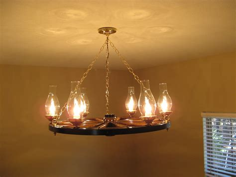 Diy Wagon Wheel Chandelier Build Wagon Wheel Chandelier The Wooden Houses