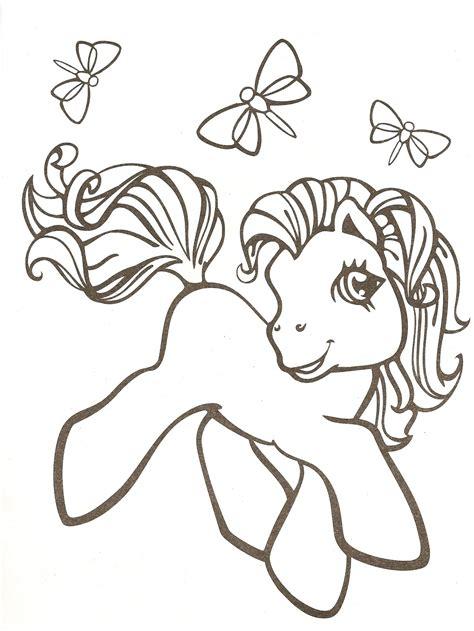 imagenes de unicornios tiernos para colorear unicornio para colorear e imprimir imagui