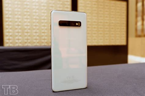 samsung galaxy s10 finally official features rear cameras 6 1 inch curved display