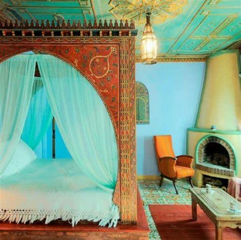 bett vorhang behutsamer schlaf mit dem besten himmelbett vorhang
