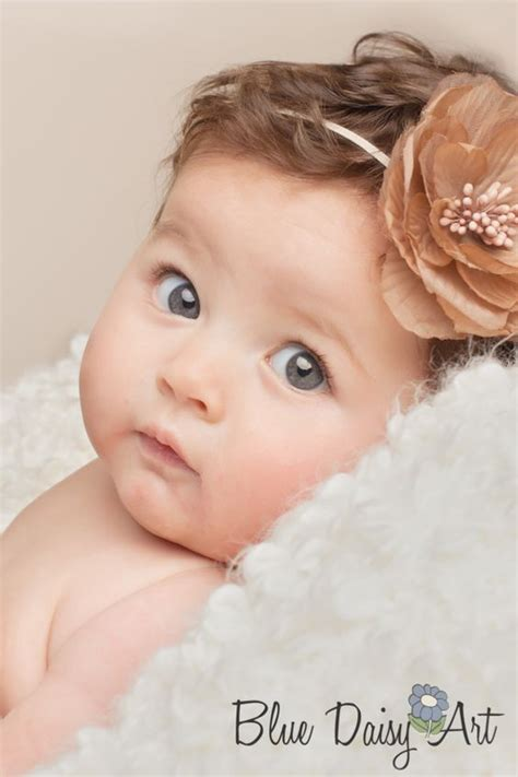 mneder p foto 4 months on photo 3 or 4 month old portrait photography www bluedaisyart com