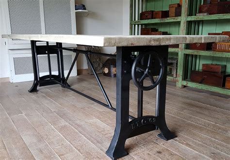 tisch industrial industrial tisch mit fabrikuntergestel aus gusseisen