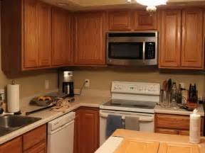 Kitchen Colors That Go With Oak Cabinets Best Paint Color For Kitchen With Oak Cabinets Ideas Home Design