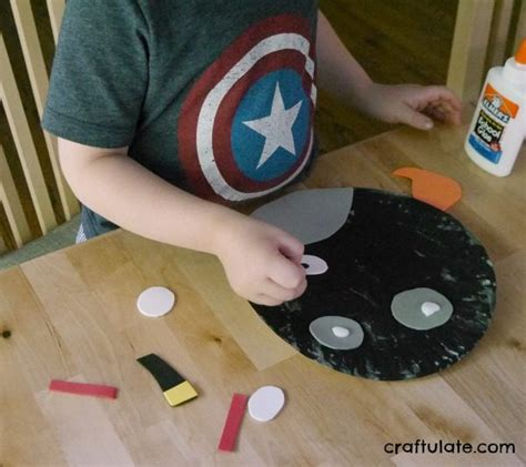 Angry Bird Paper Plate Craft - angry birds paper plates craftulate