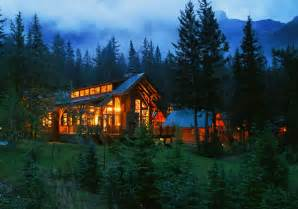 travel article best cabins in the canadian rockies