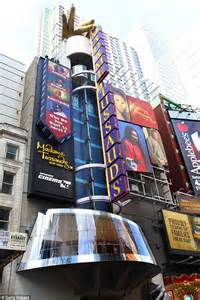 madame tussauds times square new years two stabbed outside wax museum madame tussauds in times square daily mail