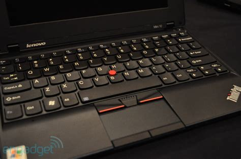 Netbook Lenovo Pocket lenovo thinkpad mini 10 netbook with intel atom pine trail processor tech world