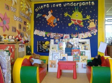 classroom layout ks2 image result for reading corner display ks2 sekolah