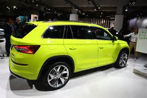 Electric Yellow Car Paint Skoda Kodiaq Brings Speed Yellowgreen Paint And Door