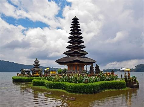 emirates bali emirates launches daily auckland bali flights australian