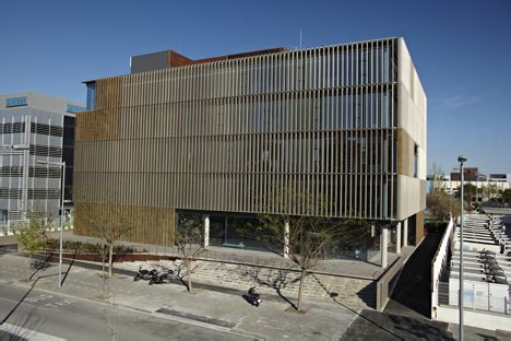 oficinas de mrw en barcelona edificio sostenible mrw construible