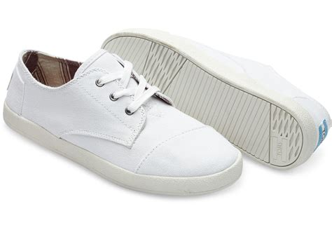 toms white canvas s paseos in white lyst