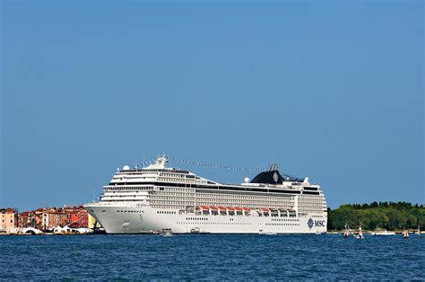 cruise reviews msc musica cruise ship reviews fitbudha