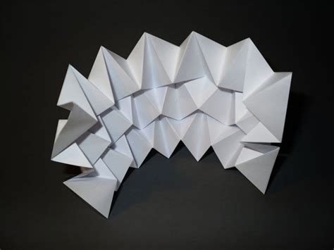 Paper Folding Documentary - miura ori pattern by loraine i design folding