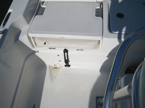 nautic star bay boat problems nautic star cracked hatches lids the hull truth