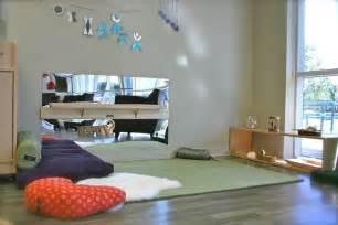 2 Floor Tent by Le Nido Montessori Un Doux Murmure