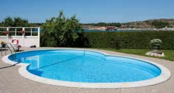 pool at om 197 ttaformad pool av h 246 gsta kvalitet hos poolkungen 174