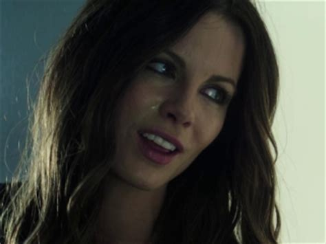 total recall: kiss goodbye (french) clip (2012) video