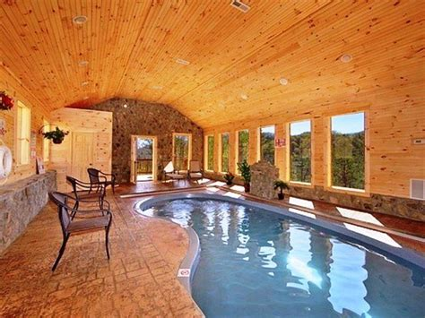 best cabins for relaxing scenic views from pool