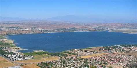 houses for sale in lake elsinore lake elsinore