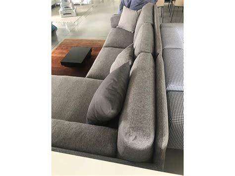 ditre divani prezzi divano con penisola kris ditre italia prezzi outlet