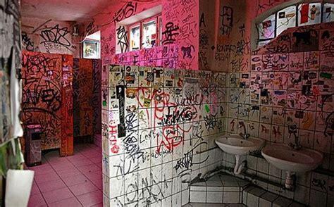 graffiti bathroom graffitis en los ba 241 os taringa