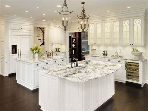 white cabinets with granite alaska white granite white cabinets backsplash ideas